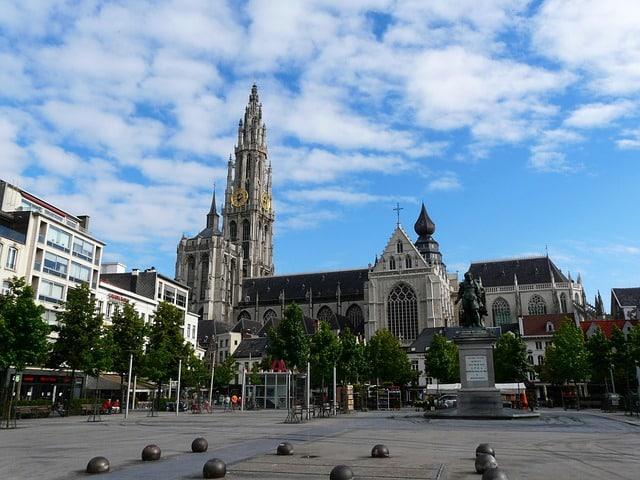 Mit der Umweltzone Antwerpen soll die Feinstaubbelastung bis 2020 um 60 % senken.